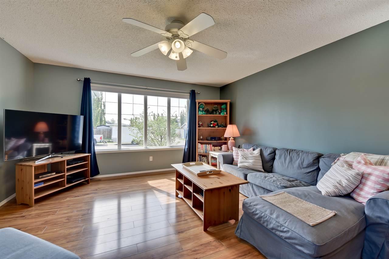 58 Heatherglen Close, 4 bed, 2 bath, at $330,000