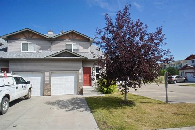 89 15 Woodsmere Close, 3 bed, 3 bath, at $228,750
