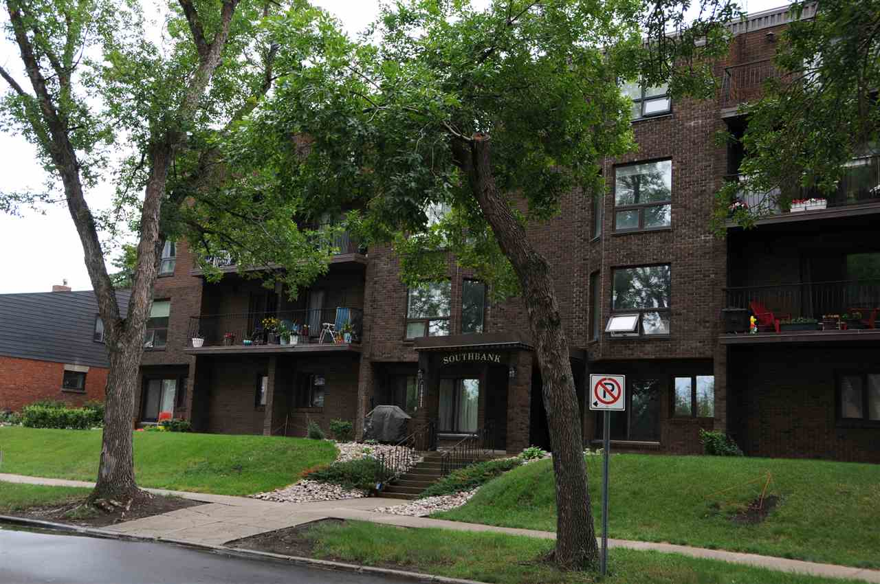 104 10033 89 ave, 1 bed, 1 bath, at $229,000