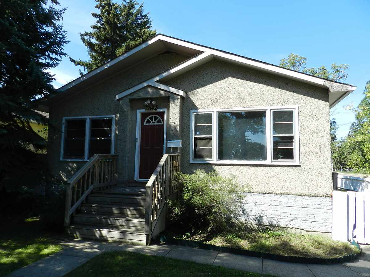 12142 102 Street, 3 bed, 2 bath, at $299,900