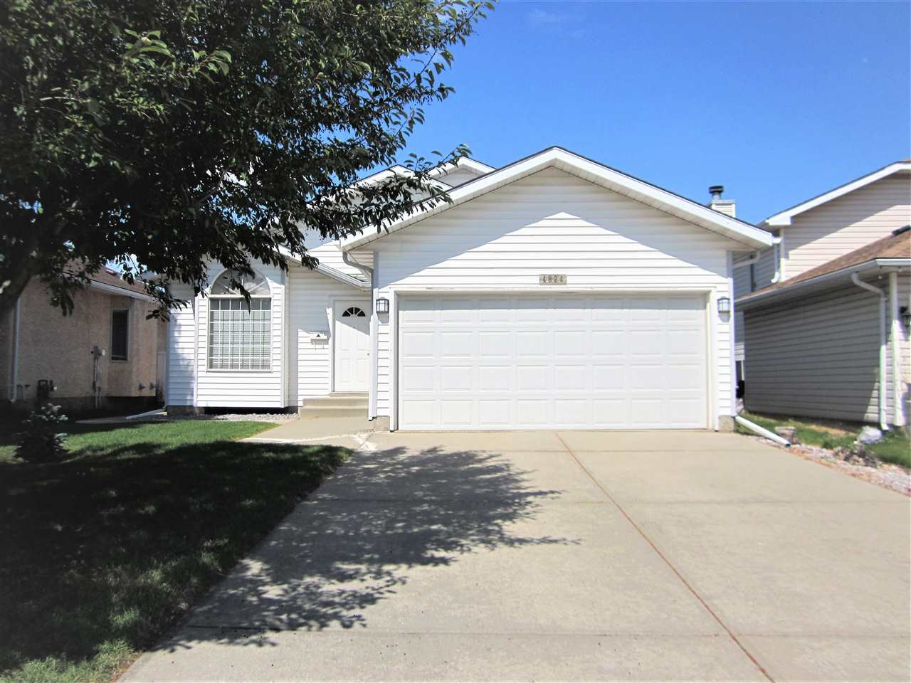 4824 13 Avenue, 4 bed, 3 bath, at $340,000