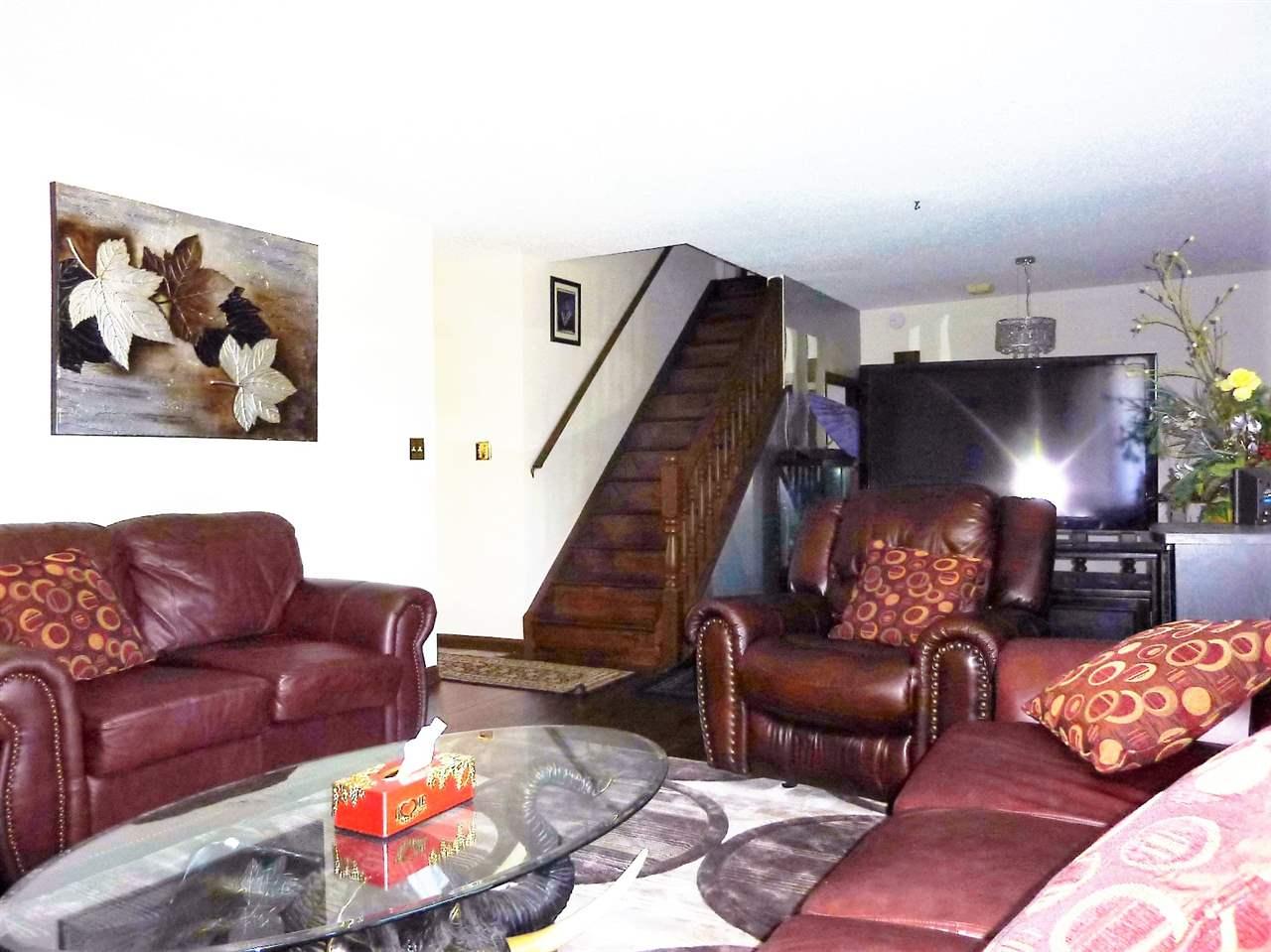 17104 111 Street, 5 bed, 4 bath, at $499,900
