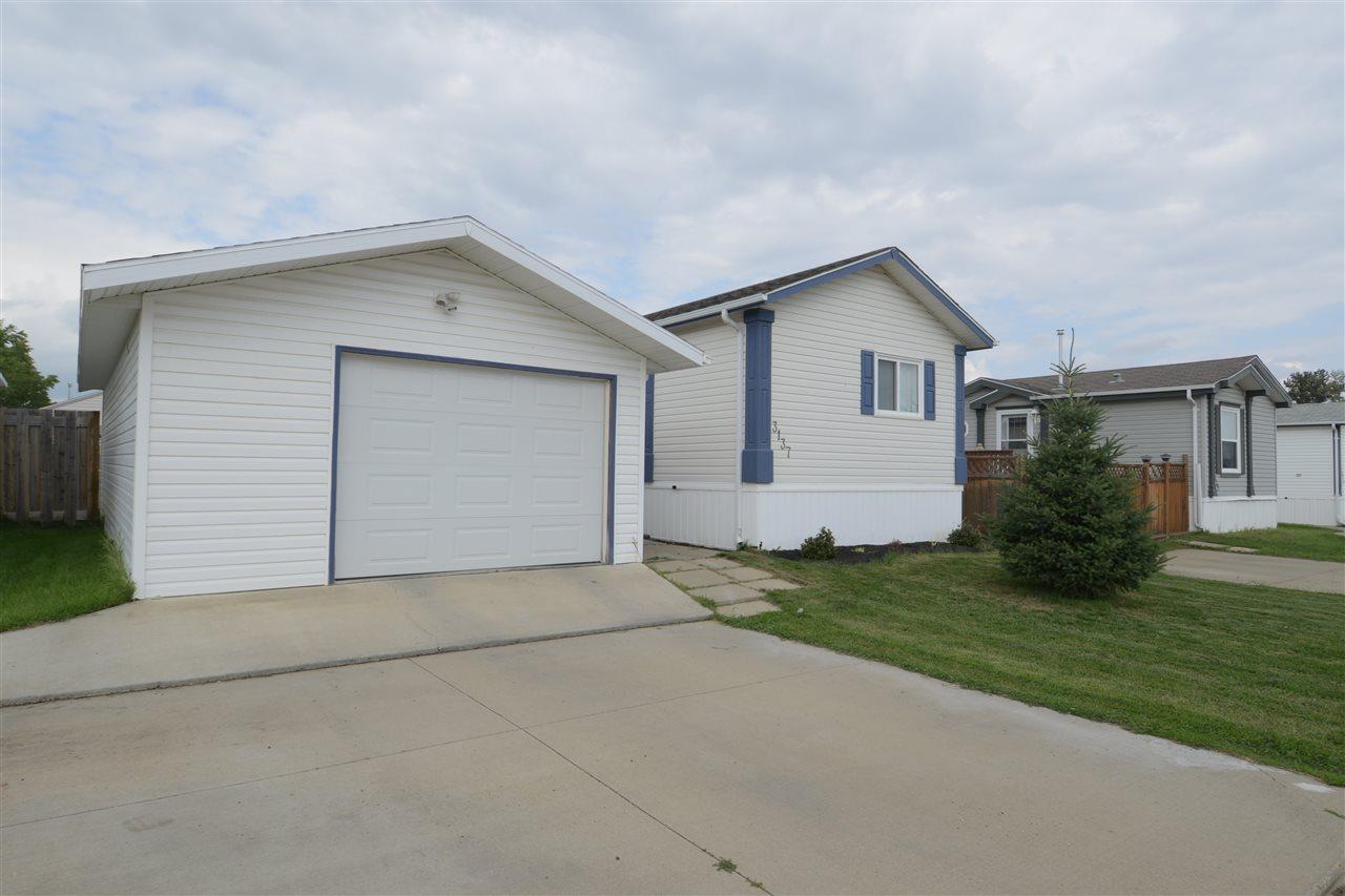 3137 10770 Winterburn Road, 3 bed, 2 bath, at $164,900
