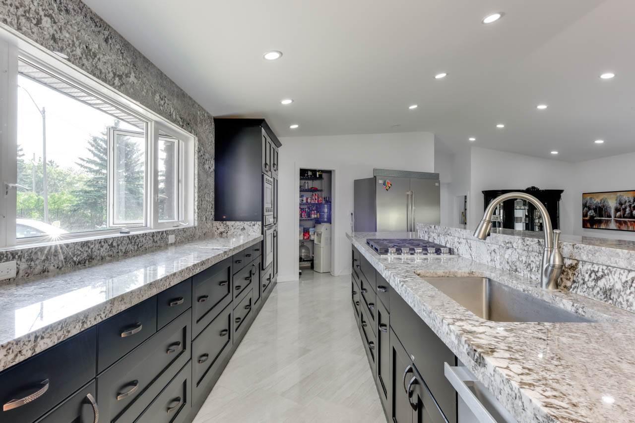 22803 122 Avenue, 5 bed, 2 bath, at $899,000