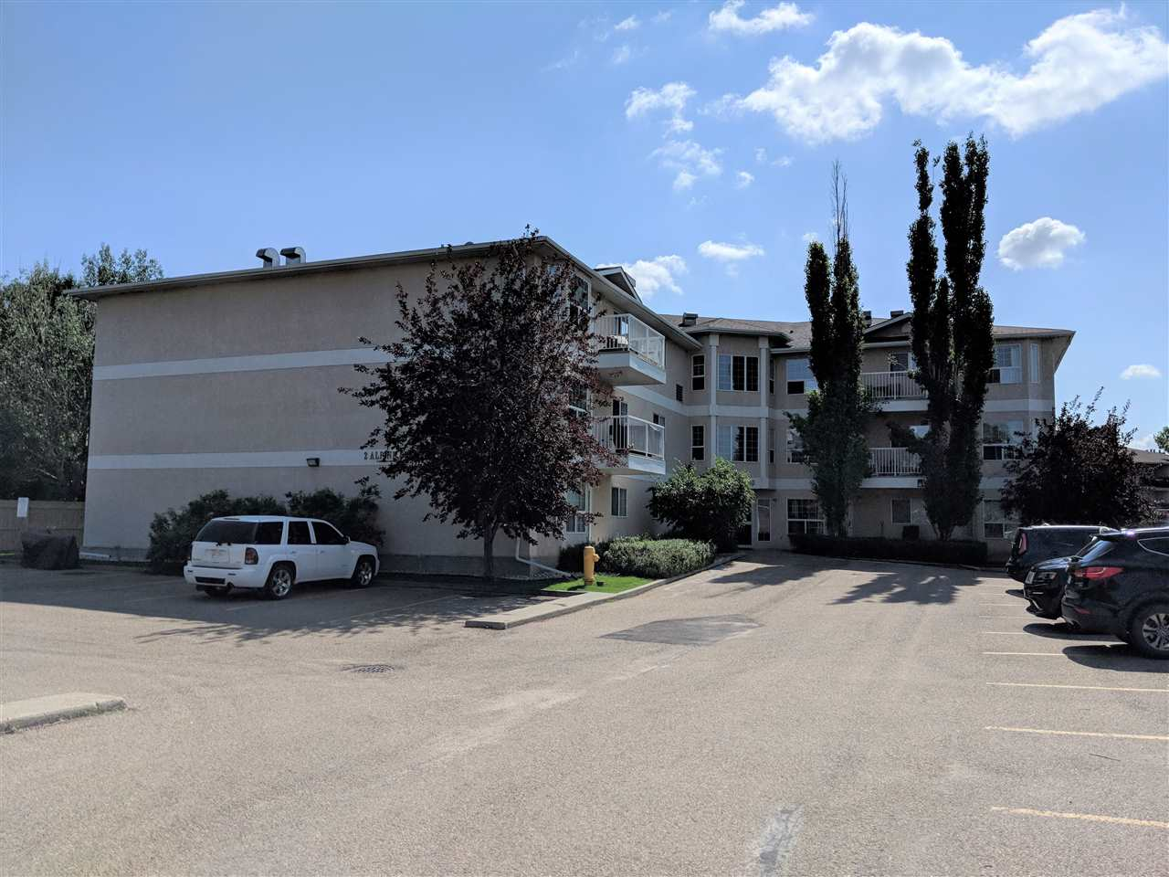 306 2 Alpine Boulevard, 2 bed, 2 bath, at $159,900