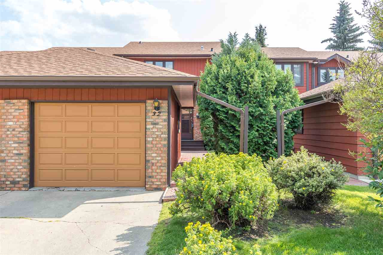 32 Lacombe Point(e), 3 bed, 2 bath, at $229,900