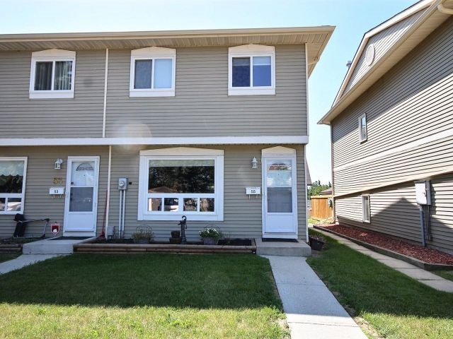 55 2131 Oak Street, 3 bed, 2 bath, at $224,900