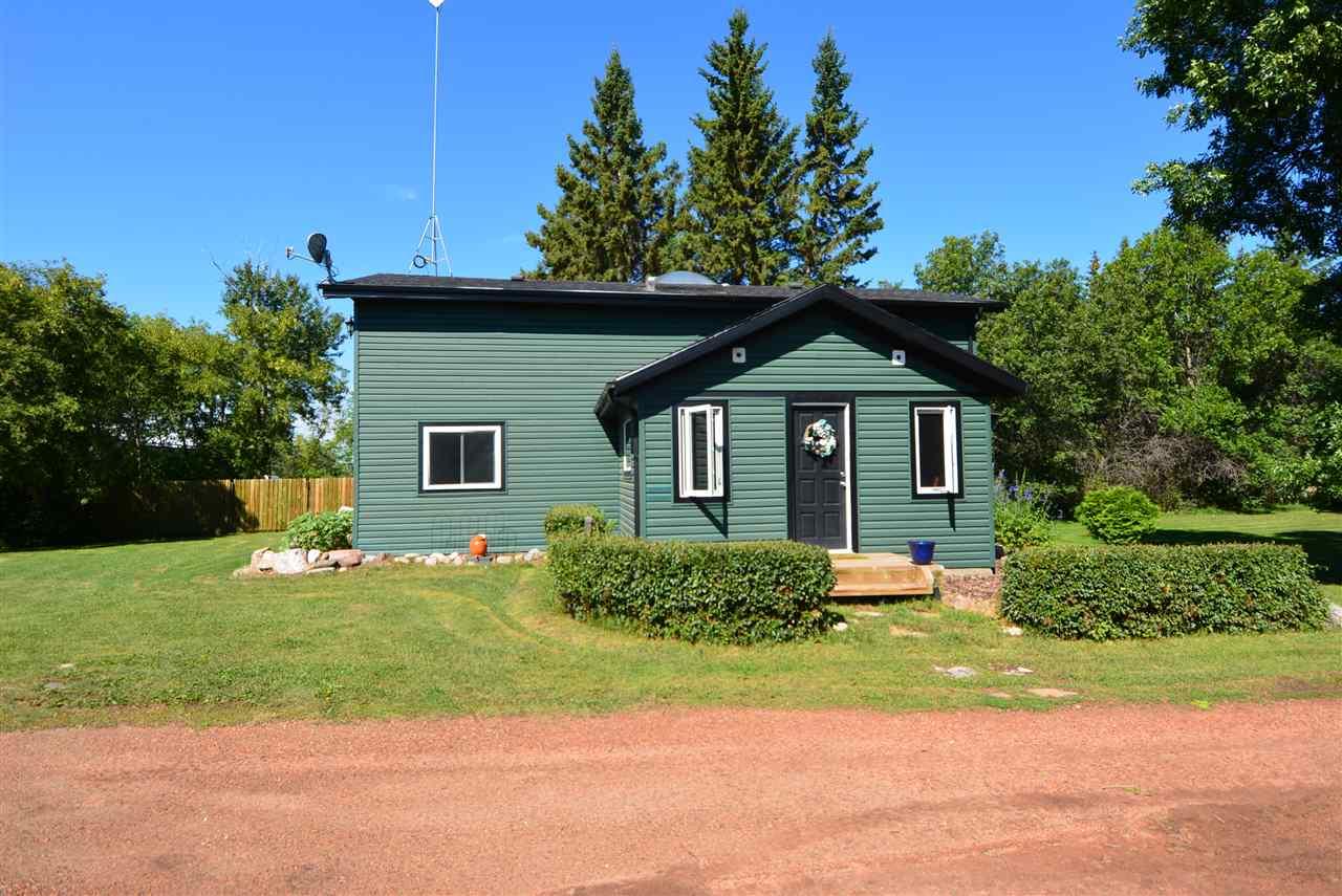 86-53221 Range Rd 223, 3 bed, 2 bath, at $425,000