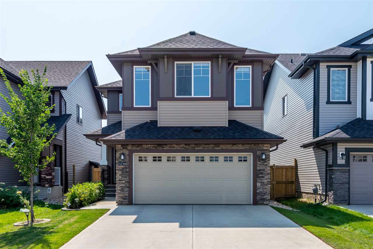 3239 ABBOTT Crescent, 3 bed, 3 bath, at $539,000