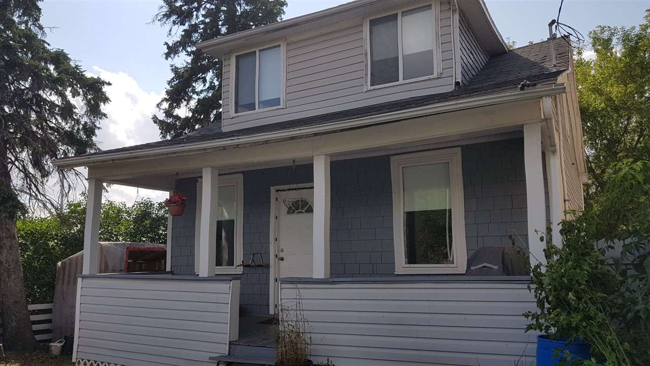 11907 80 Street, 2 bed, 2 bath, at $235,000