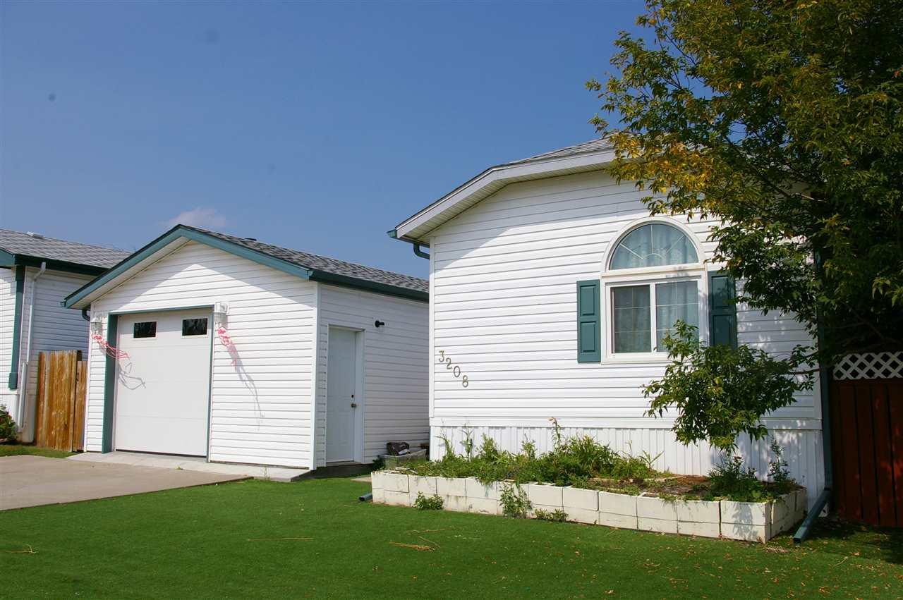 3208 10770 Winterburn Road, 4 bed, 3 bath, at $154,900