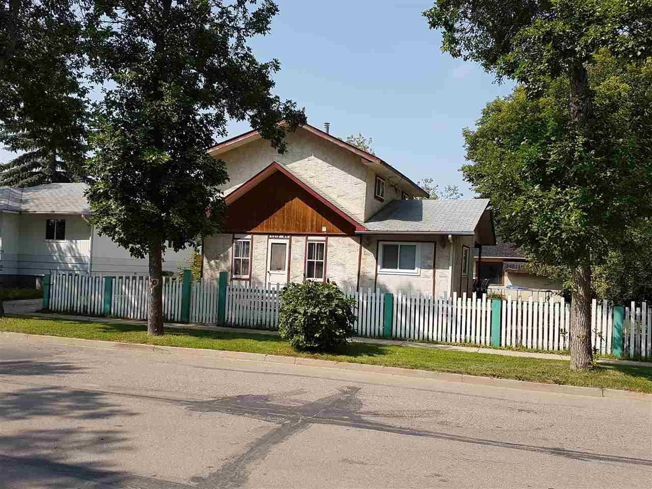 5212-49 Street, 3 bed, 1 bath, at $225,000