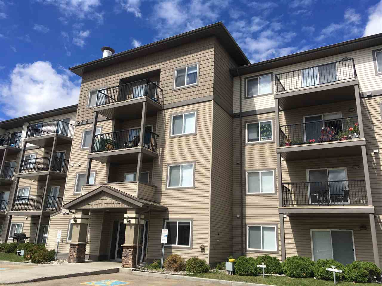 135 301 CLAREVIEW STATION Drive, 2 bed, 2 bath, at $189,900