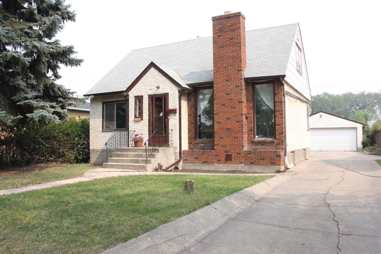 11723 130 Street NW, 4 bed, 2 bath, at $324,900