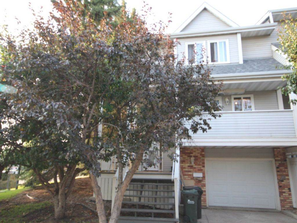 545 Woodbridge Way, 3 bed, 3 bath, at $289,900