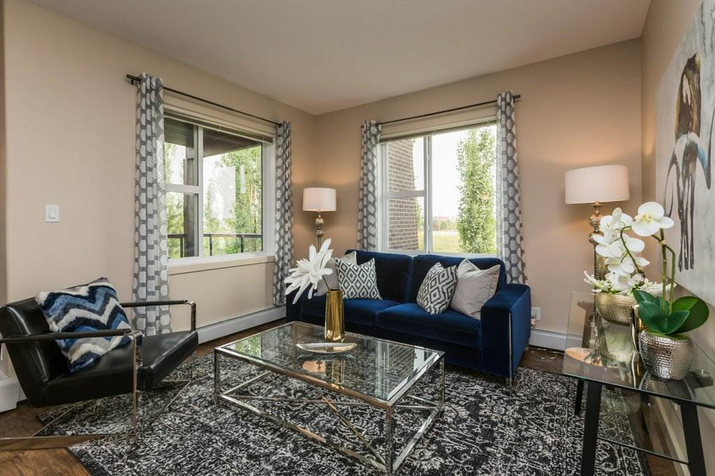 226 304 AMBLESIDE Link, 2 bed, 2 bath, at $244,000