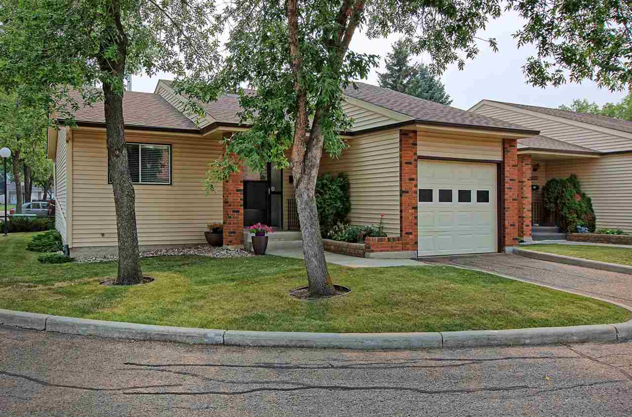 10842 11 Avenue, 2 bed, 2 bath, at $324,800