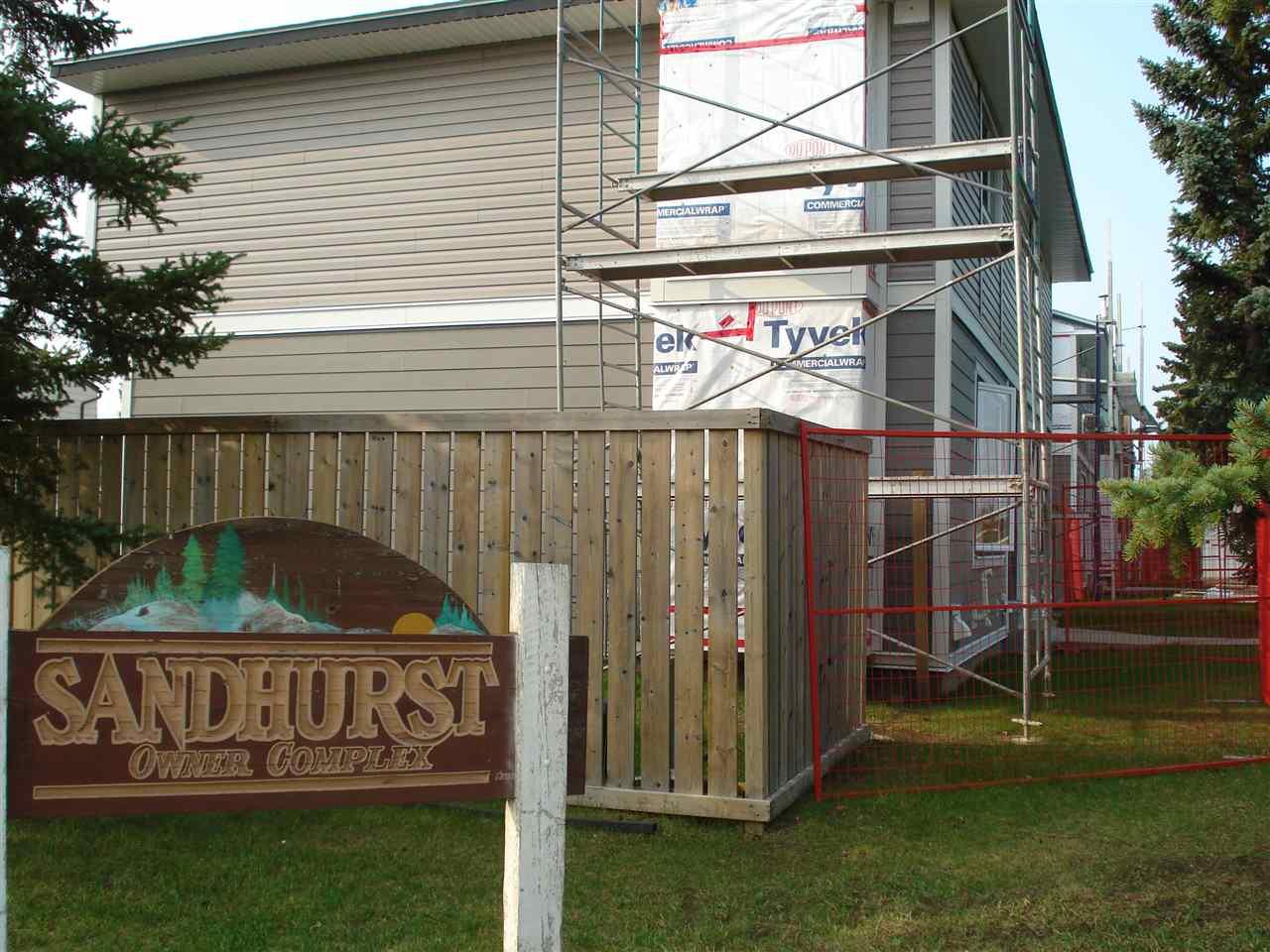 1048 LAKEWOOD RD N Road, 3 bed, 2 bath, at $219,000