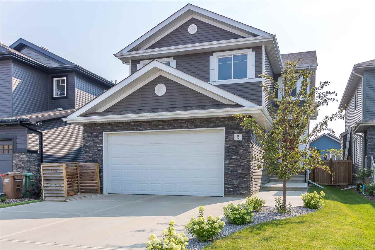 9 Etoile Crescent N, 4 bed, 3 bath, at $574,900