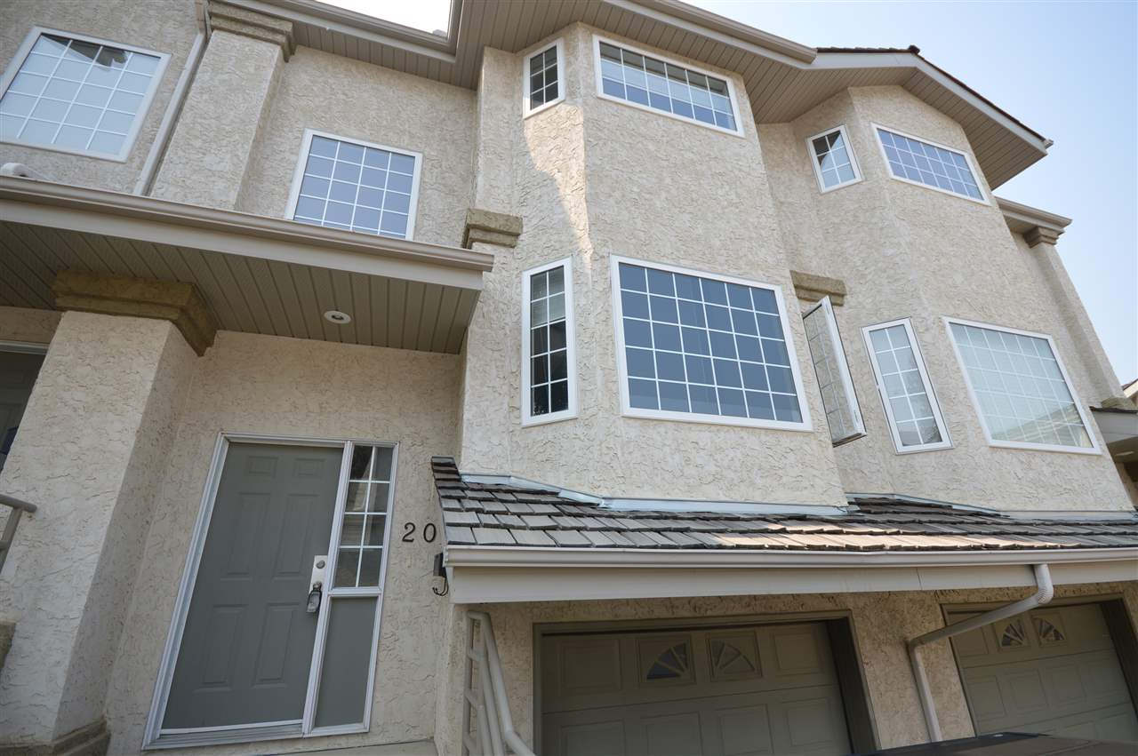 20 1295 CARTER CREST Road, 2 bed, 3 bath, at $274,900