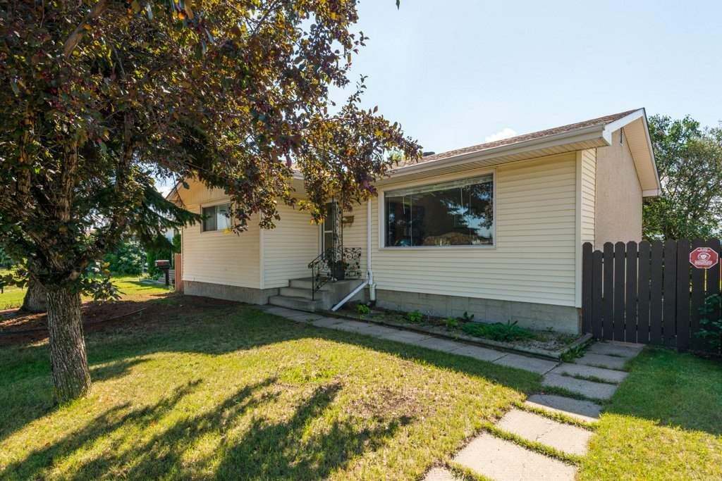 7703 130 Avenue, 3 bed, 2 bath, at $299,900