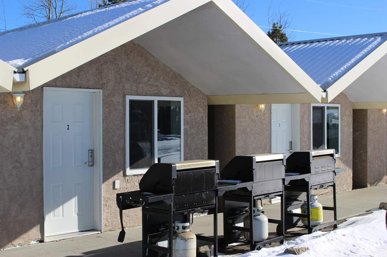 MLS® listing #E4125101 for sale located at 5125 North Avenue