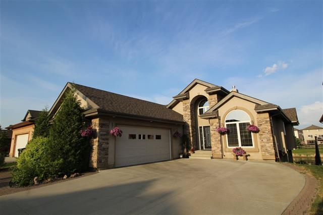 1032 SUMMERWOOD ESTATES, 3 bed, 3 bath, at $837,000