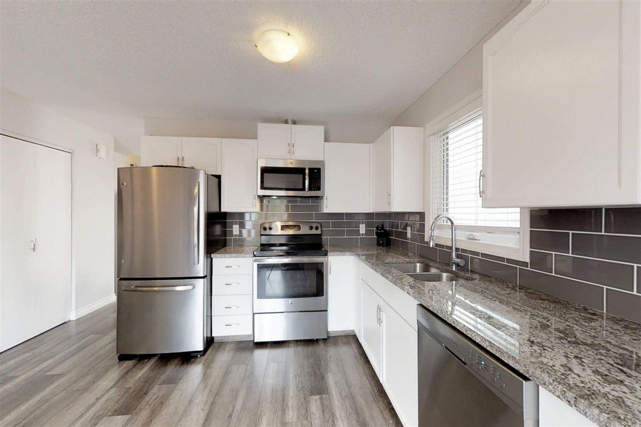 18348 76A Avenue, 3 bed, 2 bath, at $375,000