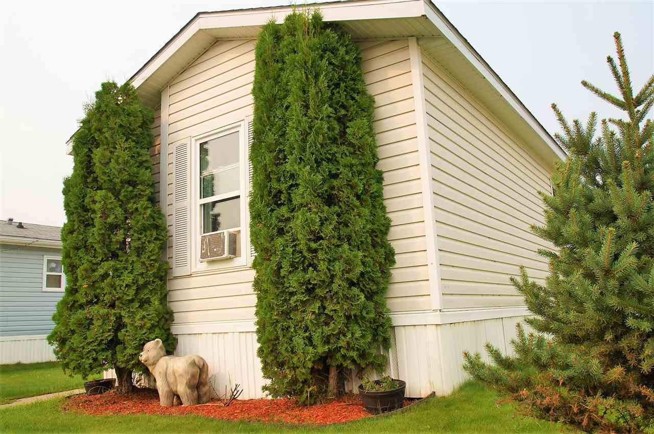 2825 lakeside Crescent, 3 bed, 2 bath, at $59,900
