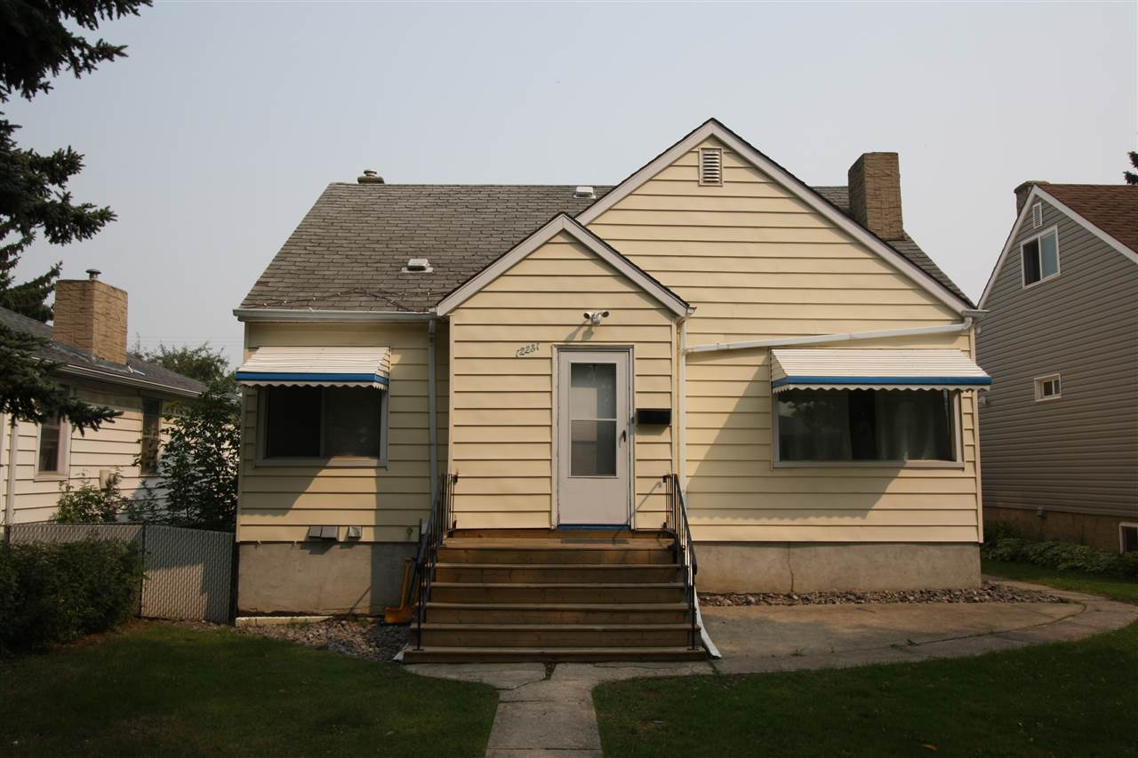 12231 104 Street, 5 bed, 2 bath, at $289,900