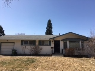 12 GREENVIEW Crescent, 1 bed, 1 bath, at $338,000