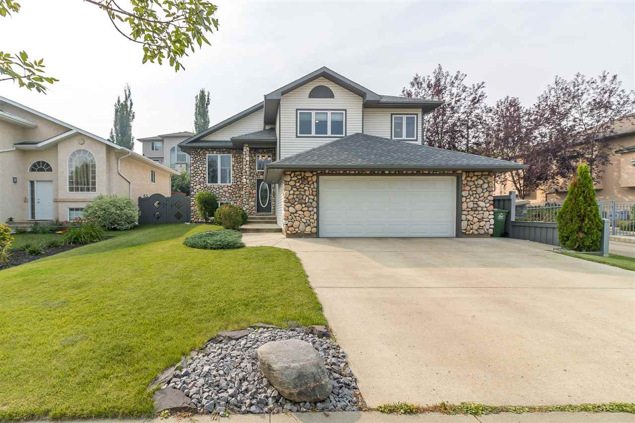 48 OAKRIDGE DRIVE SOUTH, 5 bed, 3 bath, at $519,000
