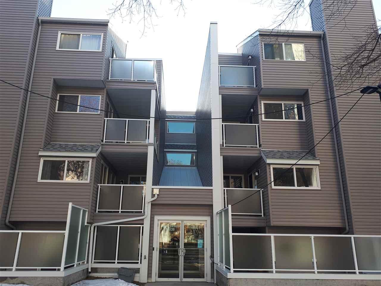 301 10139 117 Street, 1 bed, 1 bath, at $89,000