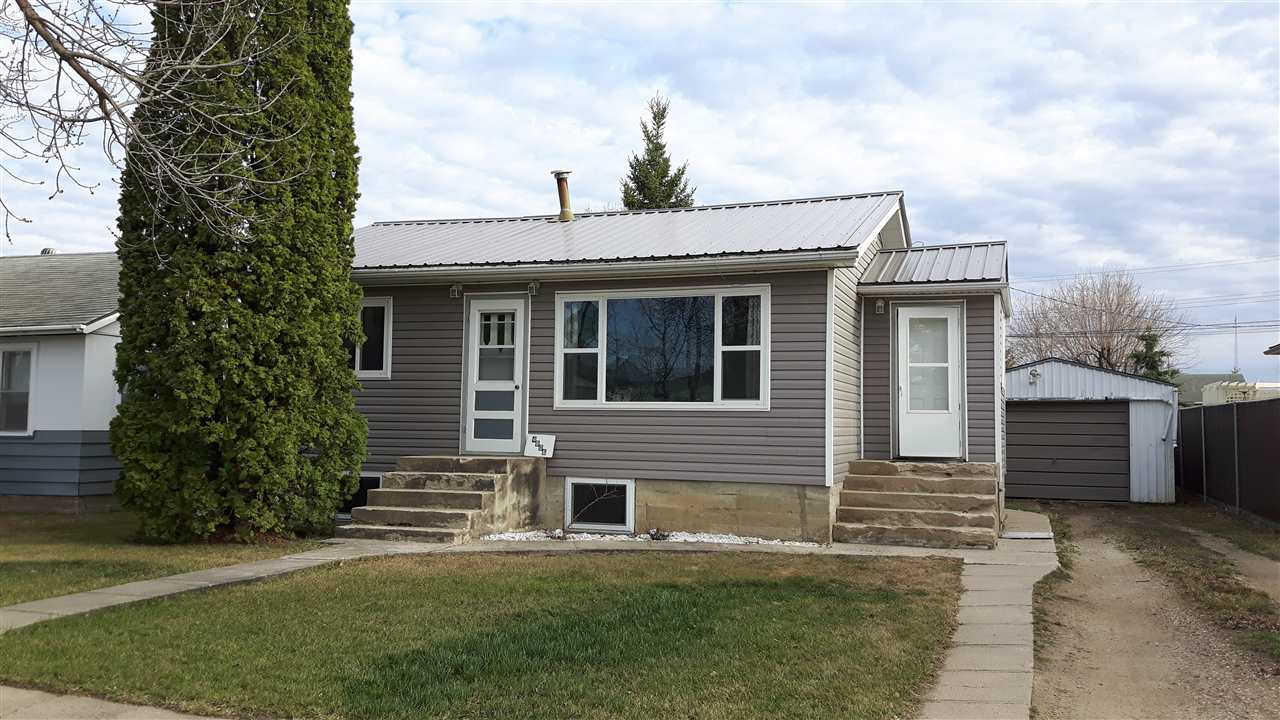 4806-52 Ave, 4 bed, 1 bath, at $199,900