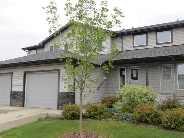 28 13838 166 Avenue, 3 bed, 2 bath, at $249,900