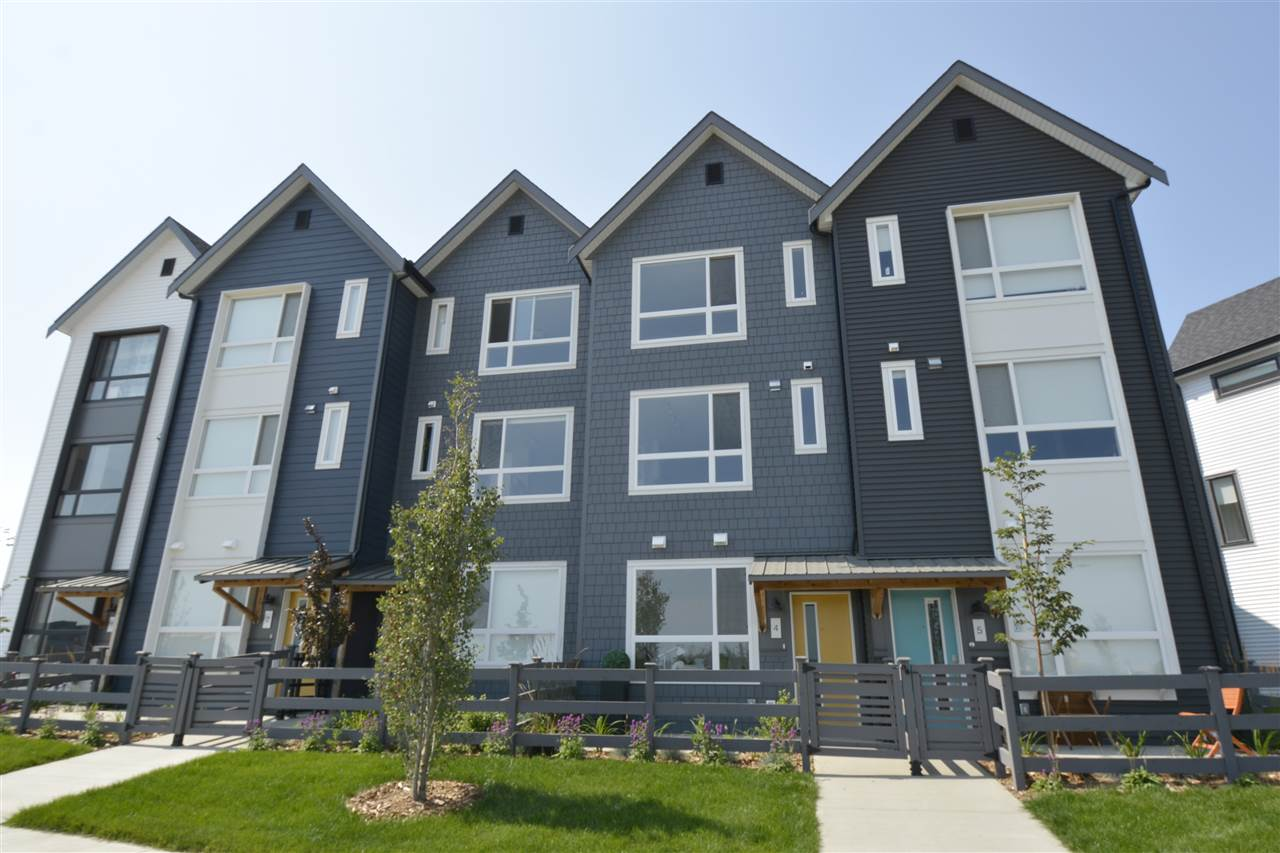 4 100 Jensen Lake Boulevard, 2 bed, 4 bath, at $374,900