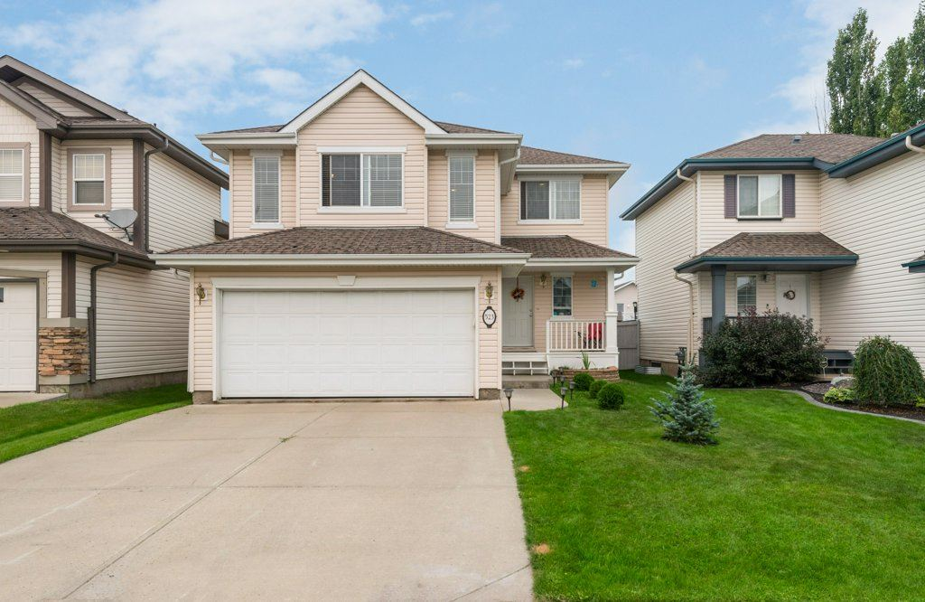 523 Glenwright Cresents, 3 bed, 3 bath, at $429,900