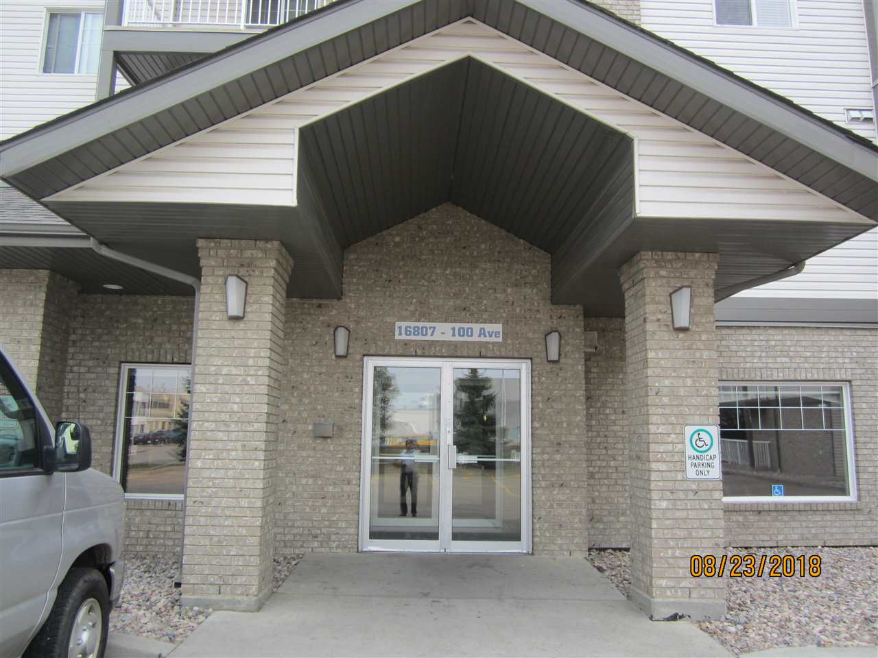 331 16807 100 Avenue NW, 2 bed, 2 bath, at $179,900