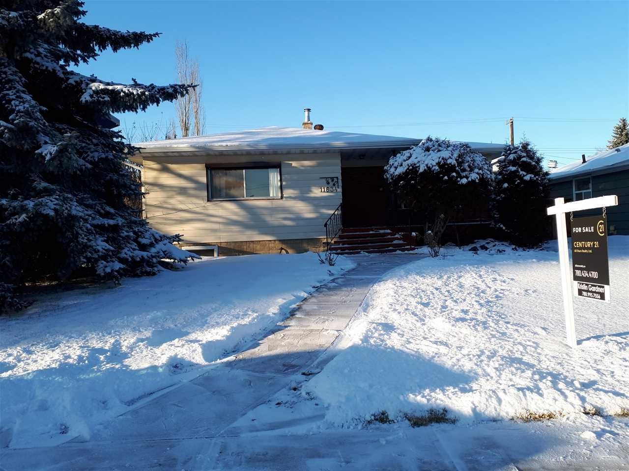 11634 72 Avenue NW, 5 bed, 2 bath, at $728,000