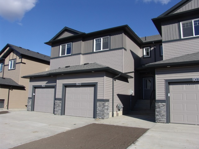 Property, 3 bed, 3 bath, at $319,800