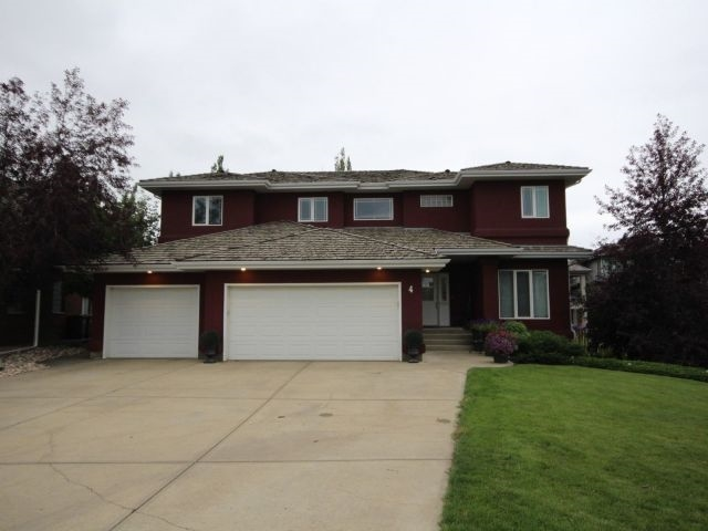4 Kastle Point(e), 7 bed, 4 bath, at $999,000