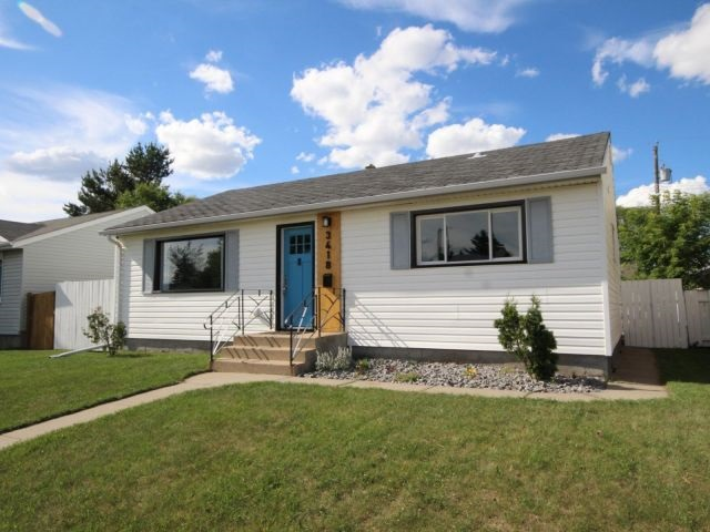 3418 119A Avenue, 3 bed, 2 bath, at $349,900
