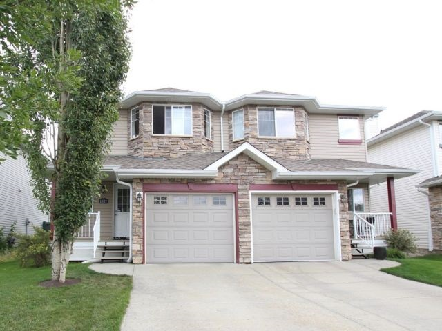 1827 119 Street, 2 bed, 3 bath, at $323,900