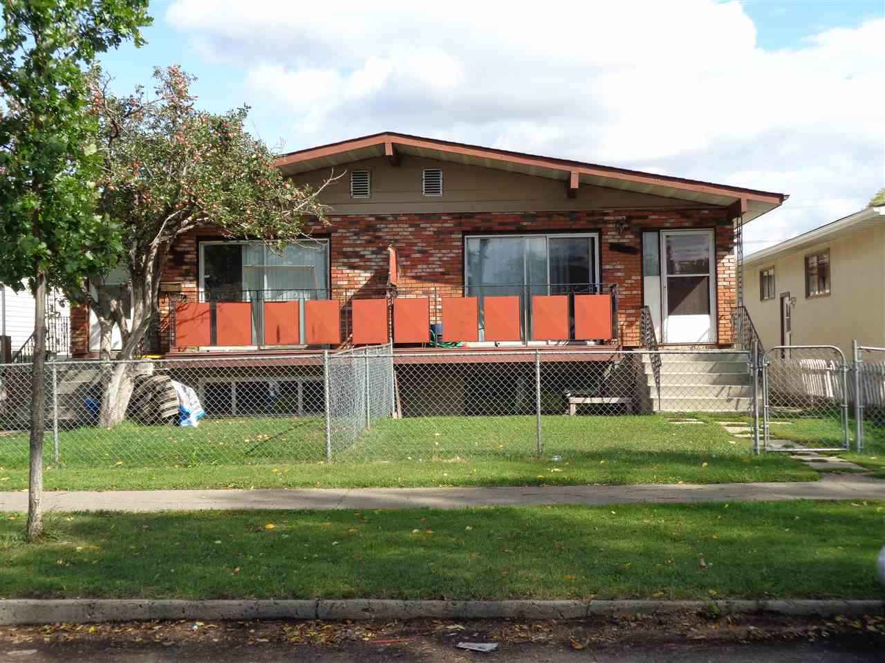 12237-12239 83 Street, 5 bed, 4 bath, at $575,000