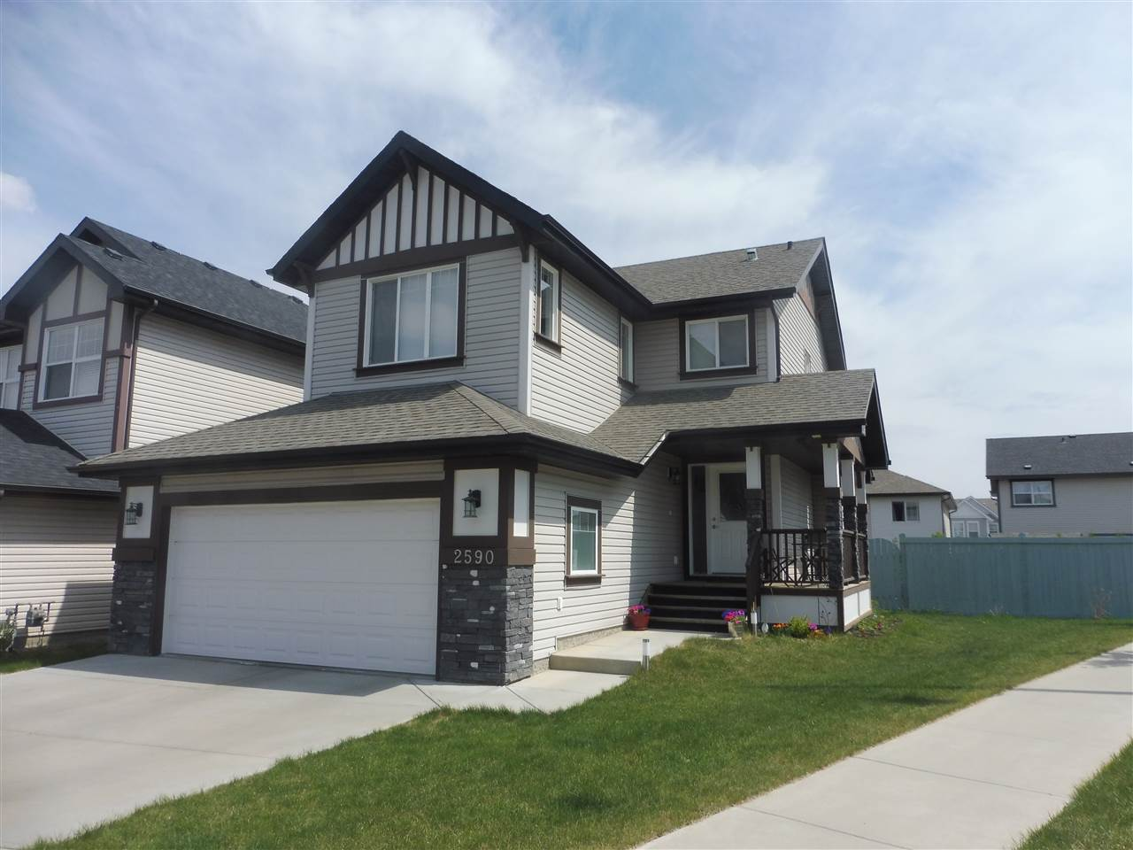 2590 COLE Crescent, 3 bed, 3 bath, at $460,000