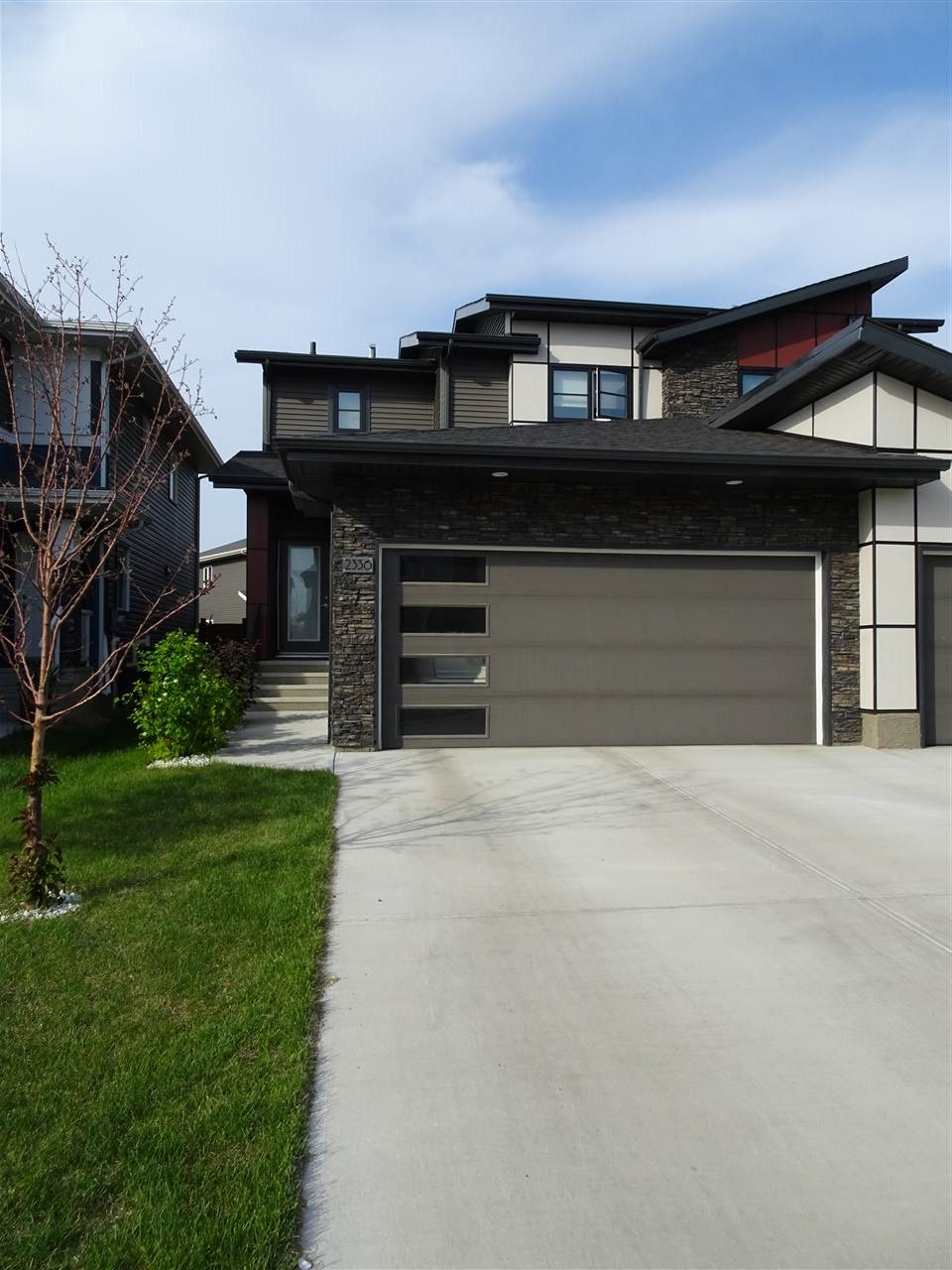 2336 WARE Crescent, 3 bed, 2 bath, at $409,800