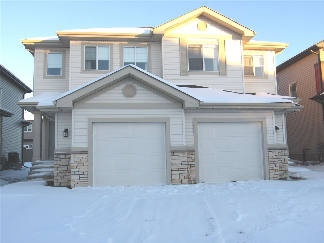 1527 21 Street, 3 bed, 3 bath, at $399,900