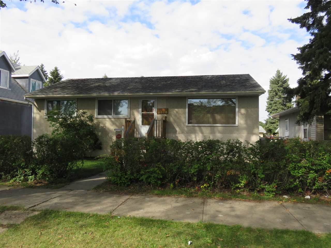3626 116 Avenue, 4 bed, 2 bath, at $269,900