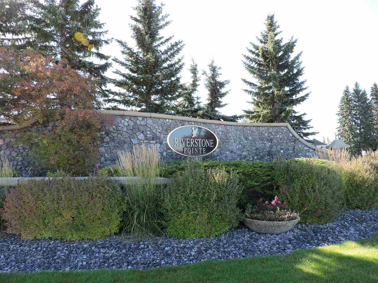 14 Riverridge Crescent, at $399,900