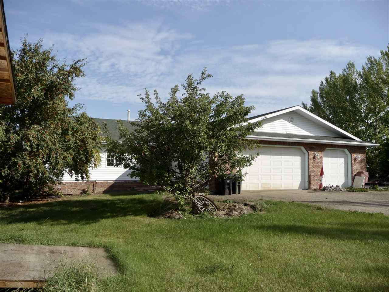 385 52471 RGE RD 223, 3 bed, 2 bath, at $449,000